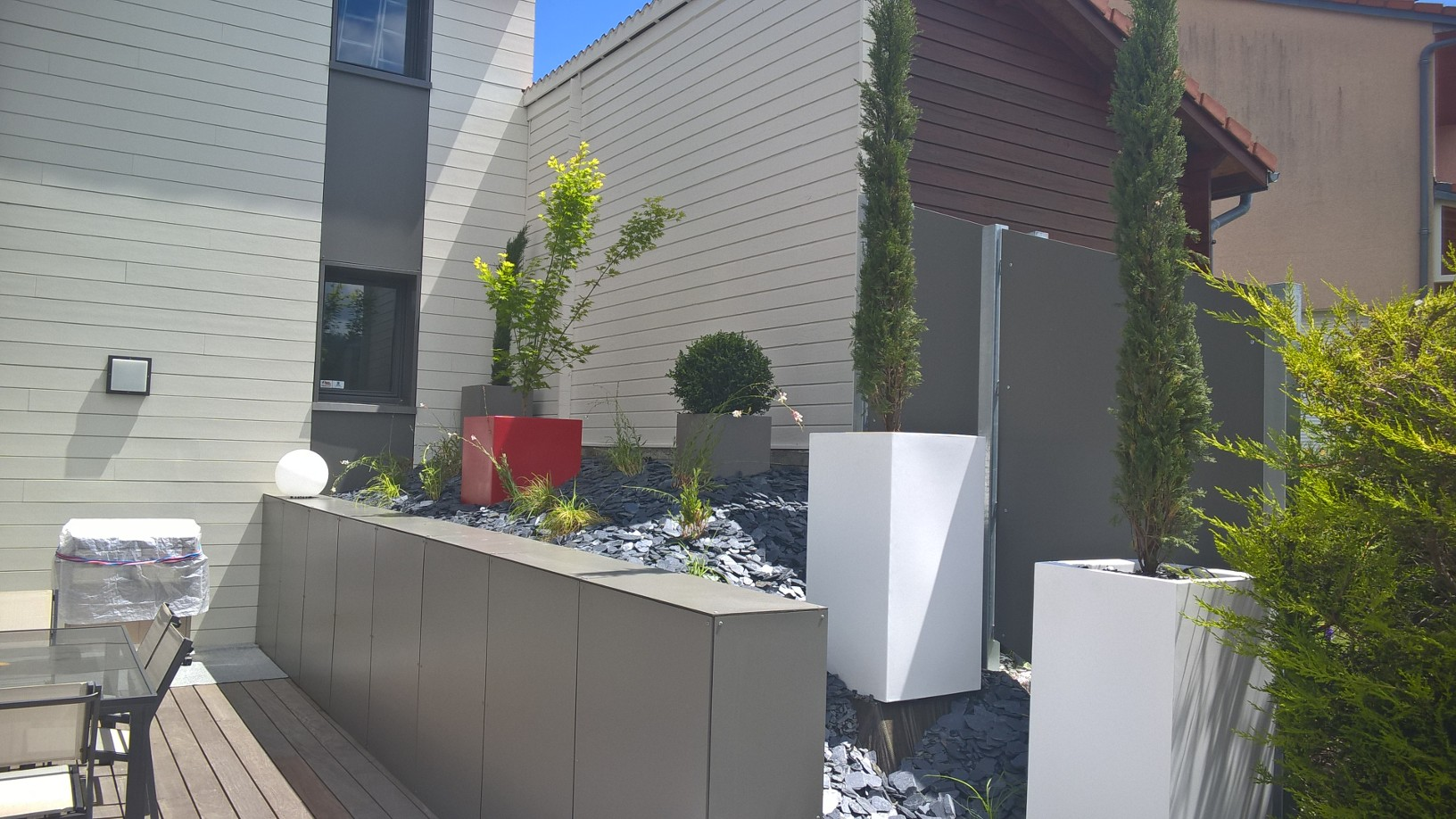 jardin en terrasse naturel design. Black Bedroom Furniture Sets. Home Design Ideas